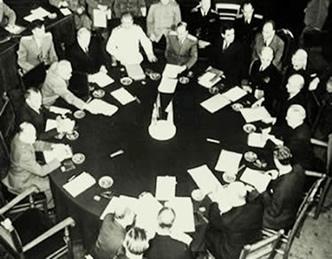 Conferência de Potsdam: os acertos para a formação de uma nova ordem político-econômica.