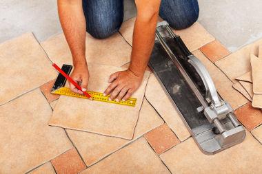 Para calcularmos a medida da superfície de qualquer objeto, utilizamos a unidade fundamental do metro quadrado