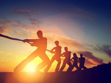 A força está relacionada com ações como puxar e empurrar.