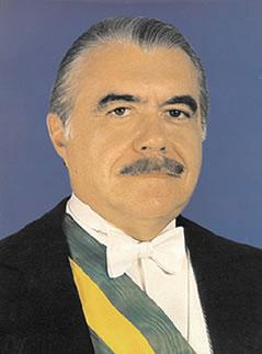 José Sarney, o primeiro presidente após o Regime Ditatorial.