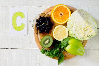 A vitamina C está presente em frutos cítricos