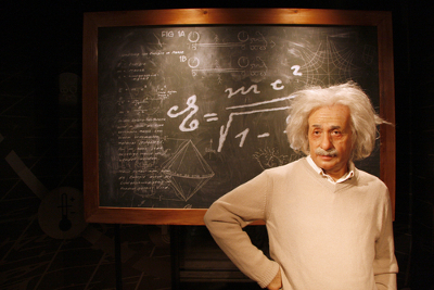 Albert Einstein: O criador da Teoria da relatividade*