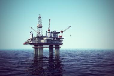 Plataforma marítima de extração de petróleo