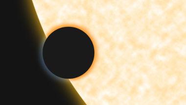 Quando Vênus ou Mercúrio passa na frente do Sol, ocorrem os chamados trânsitos de Vênus e Mercúrio