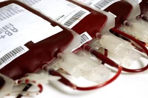 A transfusão de sangue garante a sobrevivência de muitas pessoas.