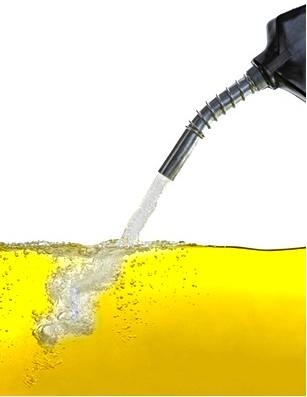 A adição de etanol na gasolina aumenta o seu índice de octanagem
