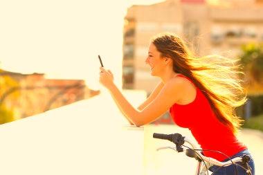 Os aplicativos de celular podem ajudar muito no estudo de língua inglesa