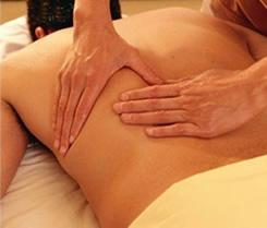 Massagem: uma técnica milenar que ganhou espaço na cultura brasileira.