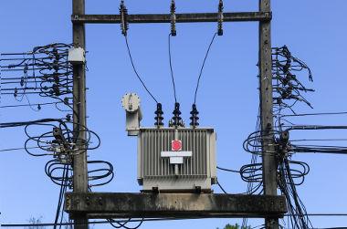 As instalações de energia podem ser mono, bi ou trifásicas de acordo com a necessidade de cada consumidor