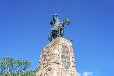 Monumento ao caudilho argentino Martín Miguel de Guemes