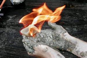 Gás metano em combustão
