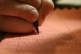 Escrever bem é meio-caminho para passar no vestibular