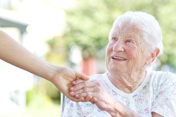 O idoso tem direito a um envelhecimento saudável e digno