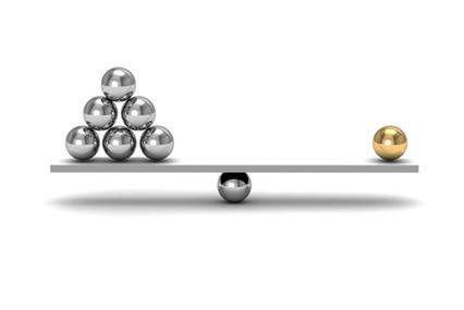A massa de um corpo pode ser determinada pela comparação com uma massa padrão. É isso que é feito para determinar a unidade unificada de massa atômica