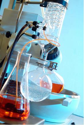 Aparelhagem montada em laboratório de Química