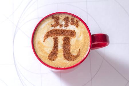 Pi é um número irracional cuja aproximação mais comum é 3,14