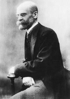 Émile Durkheim é o pai da Sociologia Moderna