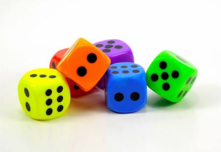 Os dados são os mais usados para o cálculo e ensino de probabilidade