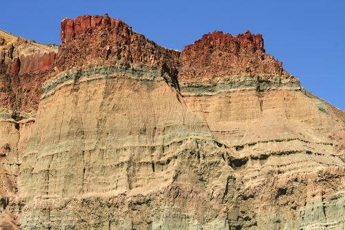 As bacias sedimentares são formadas por meio do processo de transporte e deposição de sedimentos