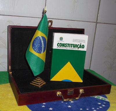 A Constituição Brasileira de 1988 resultou da Assembleia Constituinte de 1987