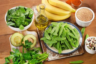 A vitamina K apresenta um importante papel na coagulação sanguínea