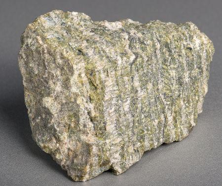 Mineral contendo amianto