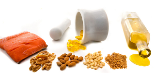 Alguns ácidos graxos essenciais, como o ômega-3 e o ômega-6, estão presentes no salmão, azeite, amêndoas, linhaça, canola etc