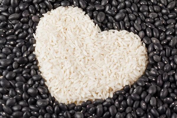 O arroz com feijão é uma combinação bastante nutritiva