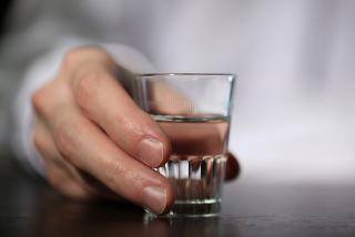 Uma das principais aplicações do álcool é em bebidas