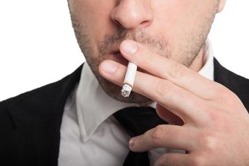O uso de cigarro está relacionado com a ocorrência de câncer de boca