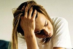 A enxaqueca é mais frequente em pessoas do sexo feminino.