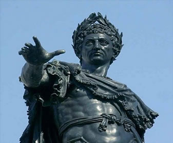Otávio Augusto transformou a estrutura política, econômica e social romana