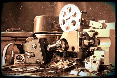 O cinema é fruto de invenções como o cinematográfico, patenteado pelos irmãos Lumière