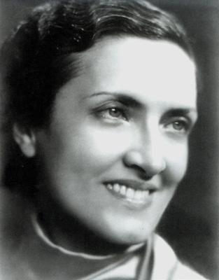 Cecília Meireles é o principal nome da poesia moderna brasileira. O simbolismo e a lírica luso-brasileira foram suas maiores influências *