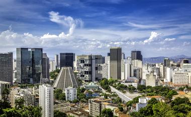 Vista do centro financeiro do Rio de Janeiro, uma das mais importantes metrópoles do Brasil