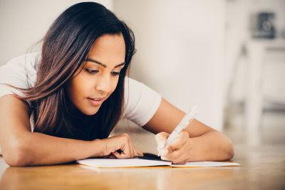Para melhorar sua redação, é preciso conhecer as técnicas que farão dela um texto coeso e coerente