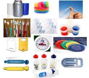 Os plásticos são polímeros sintéticos.