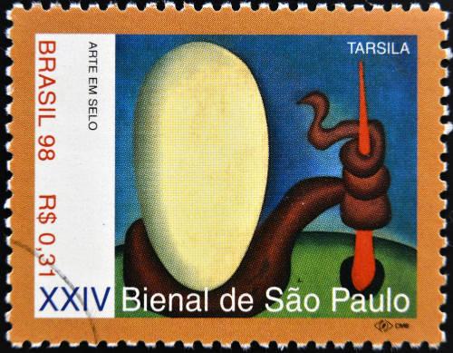 """Selo com a tela """"Urutu"""" (1928), de Tarsila do Amaral*"""